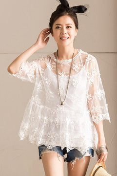 Summer White Lace T-Shirt  Lovely Female Tops C6111B