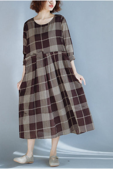 FantasyLinen Plus Size Plaid Dress, Fashion Loose Dress in Coffee Q3020 - FantasyLinen
