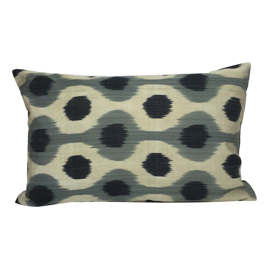 Black Dots IKAT Cushion Cover 40 x 60 cm - my little wish