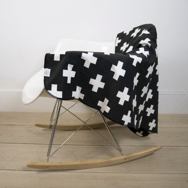 Black Cross Print Cotton Blanket