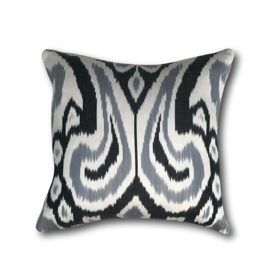 IKAT cushion cover - Black and Grey - 40 x 40 cm