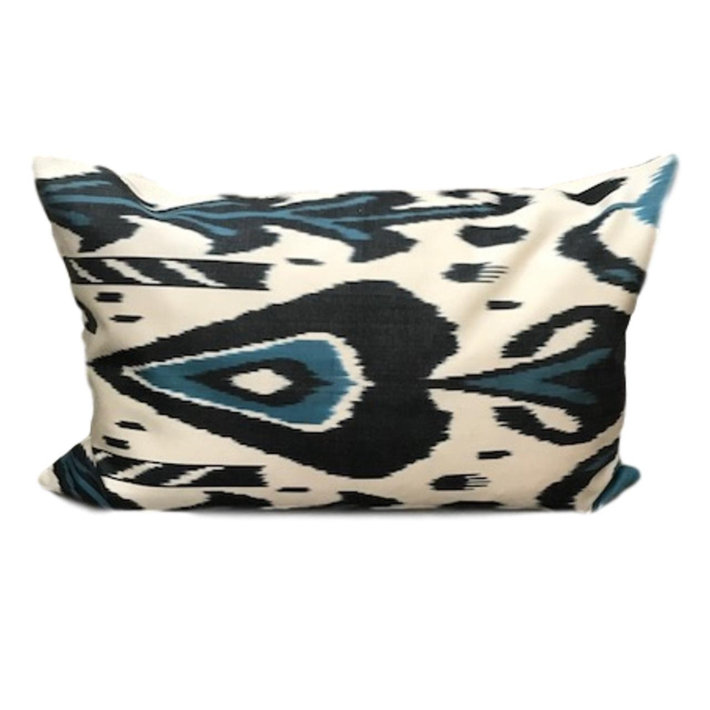 IKAT cushion cover - Black and Blue - 40 x 60 cm