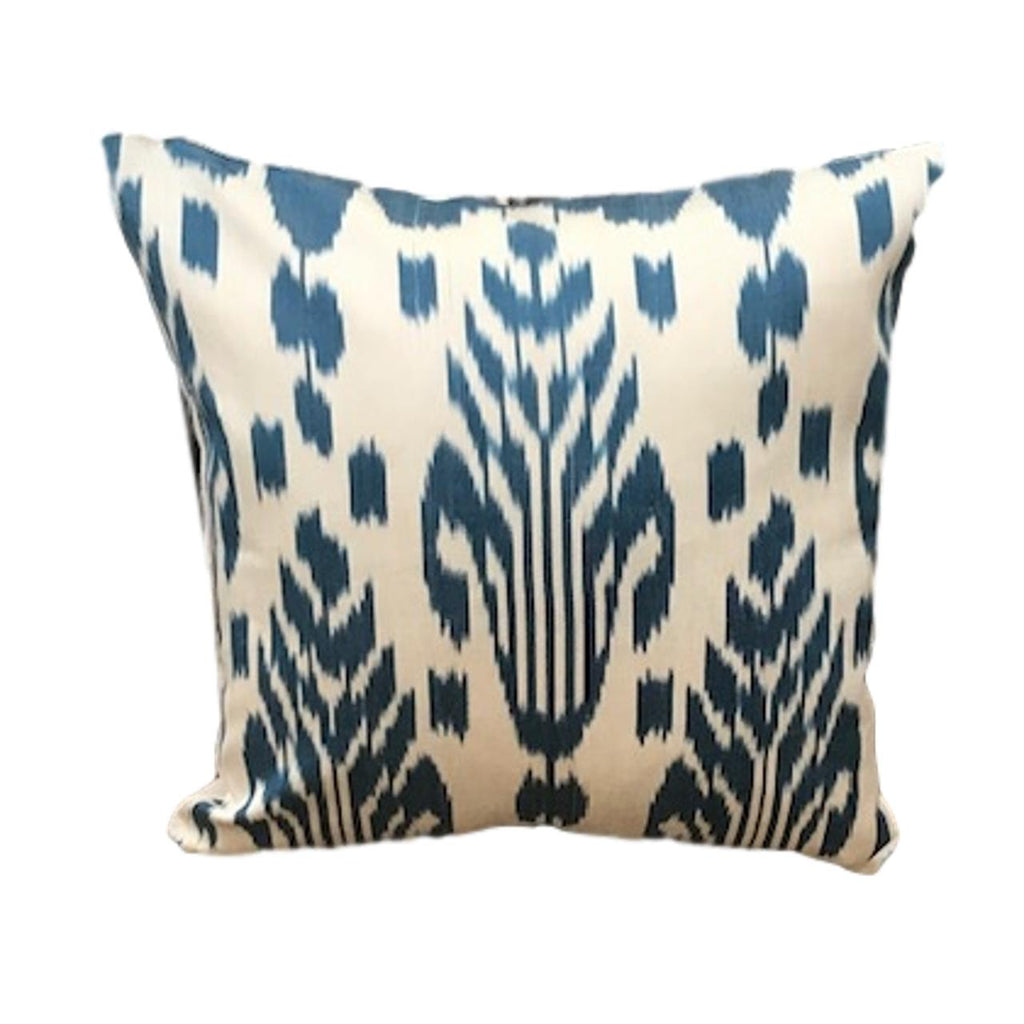 IKAT cushion cover - Blue and Beige - 40 x 40 cm
