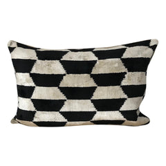 IKAT cushion cover - Velvet - Black - 40 x 60 cm