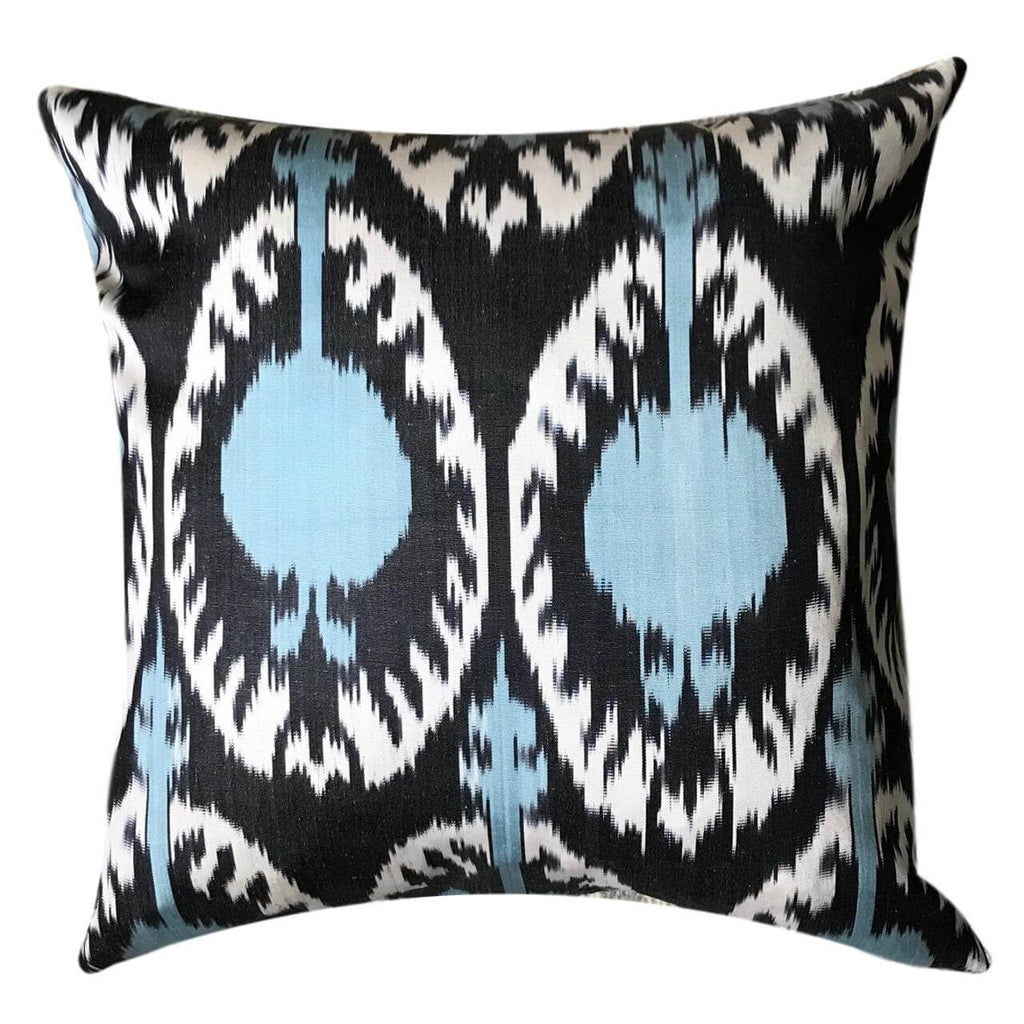 IKAT cushion cover - Light Blue - Pom 50 x 50 cm