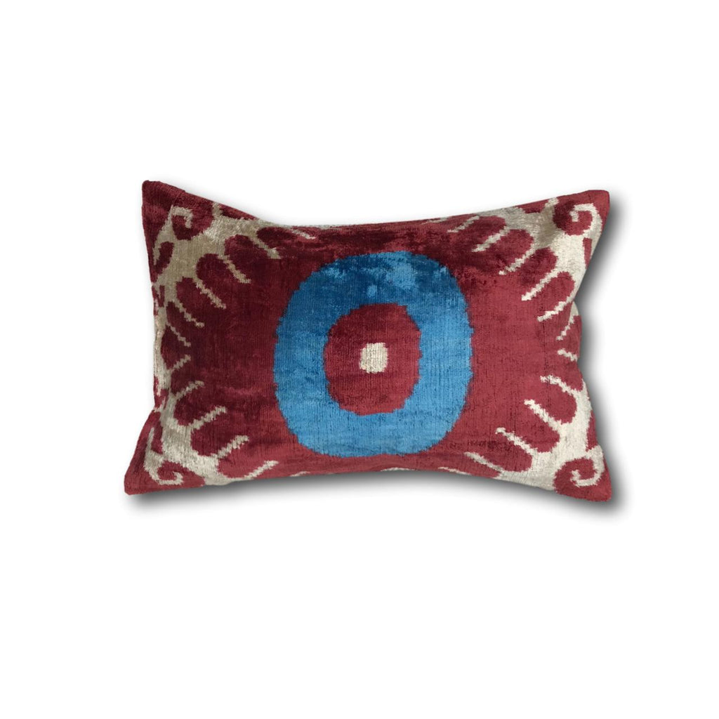 IKAT cushion cover -  Blue Eye - Velvet - 30 x 50 cm