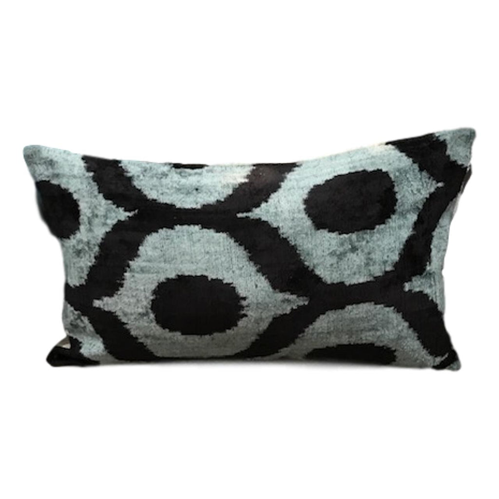IKAT cushion cover - Blue and Black- Velvet - 30 x 50 cm