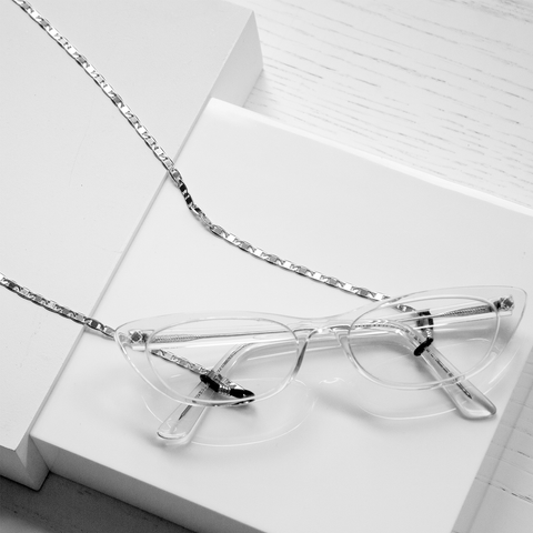 Doris Eyewear Chain