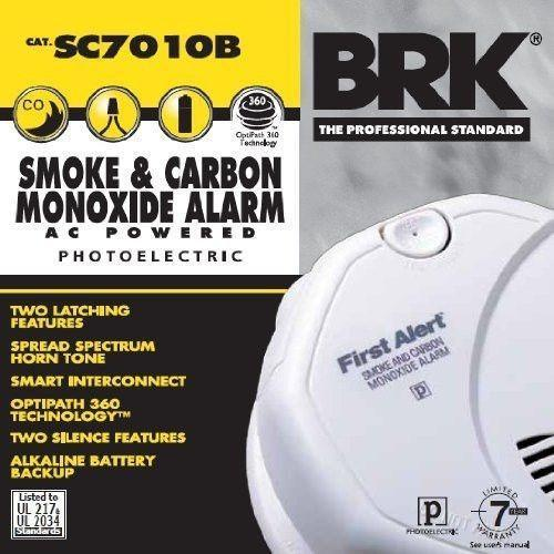 BRK First Alert - SC7010B Hardwired Photoelectric Smoke and Carbon Monoxide  Alarm