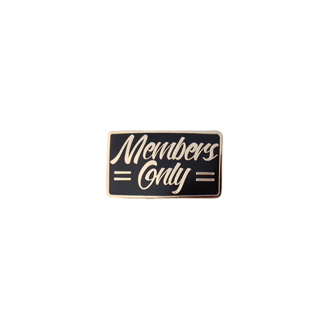 Members Only enamel pin badge Bermuda Press, Mini Mi