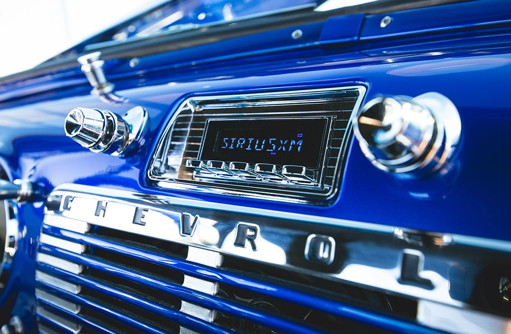 Why You Shouldn't Put Your Radio in the Glove Box – Retro Manufacturing