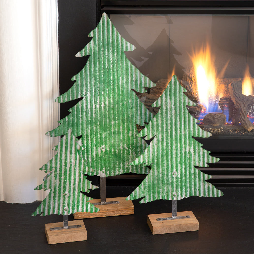 Metal Christmas Tree.Set Of Three Metal Christmas Trees