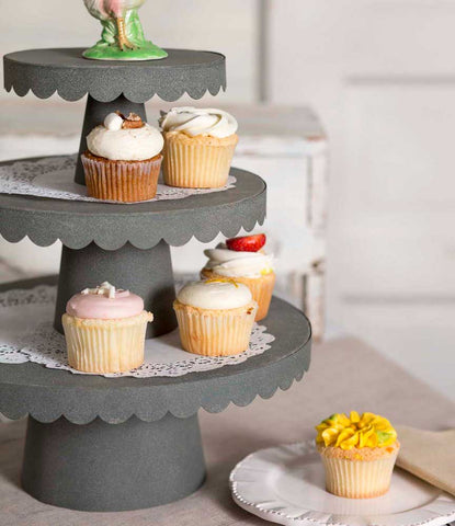 3 Sizes Scalloped Cupcake Stand