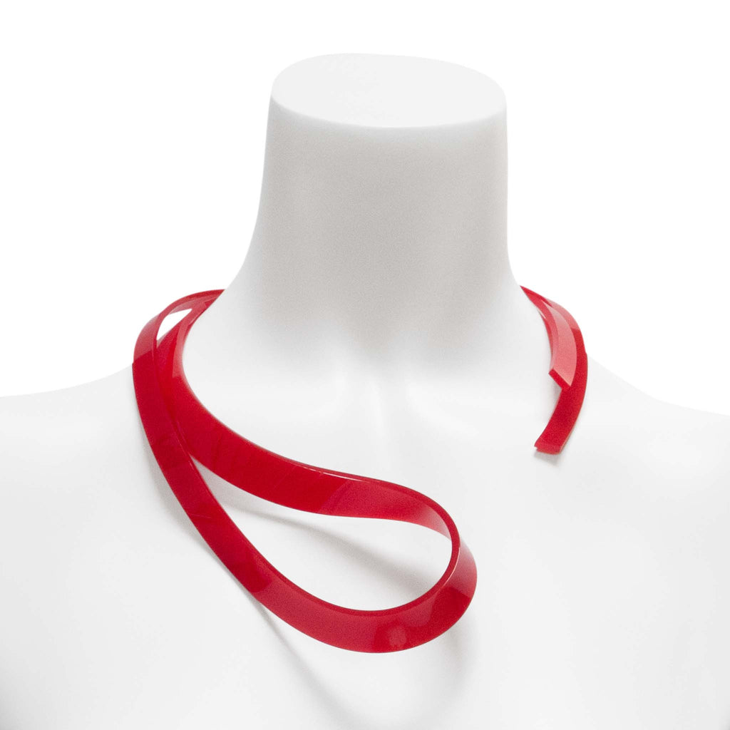 OCN25 Thin Folded Loop Necklace