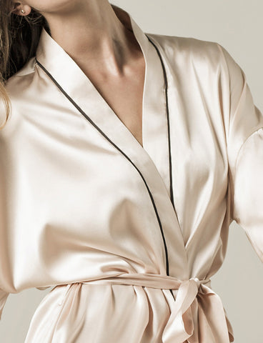 Paris Robe, detail