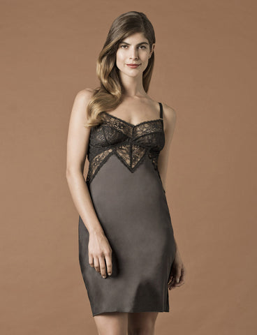 model wearing Venice Chemise Black