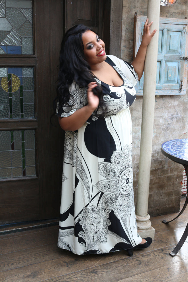The stunning Mayah sure knows how to work a maxi.