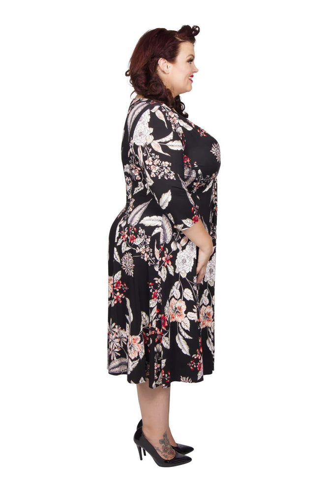 Scarlett & Jo Dresses BLK/RED/WHT / 10 The Lauren Print Knot Front Dress