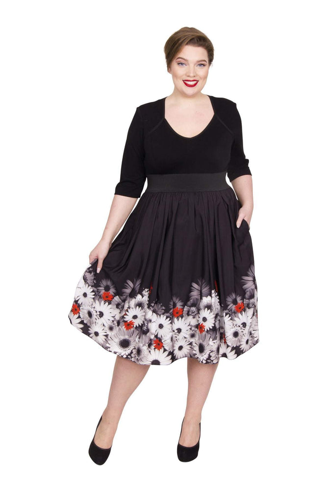 Scarlett & Jo Dresses BLKWHTRED / 10 The Audrey Sweetheart 2-in-1 Dress