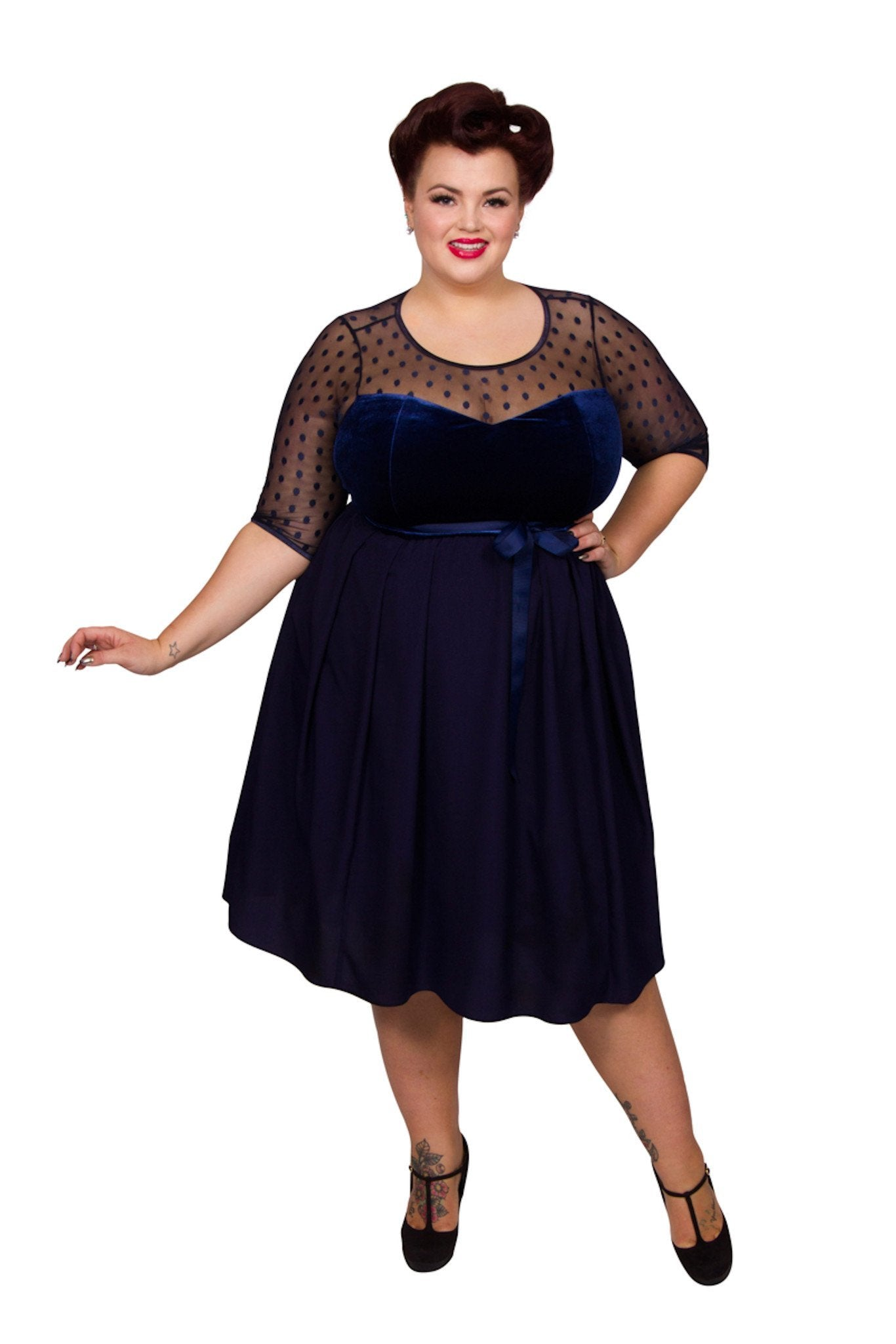 1940s Fashion Advice for Short Women Vintage Fairytale Dress - Midnight  26 £70.00 AT vintagedancer.com