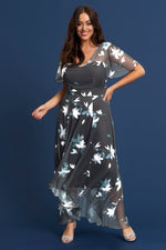 Tilly Print Angel Sleeve Sweetheart Dress