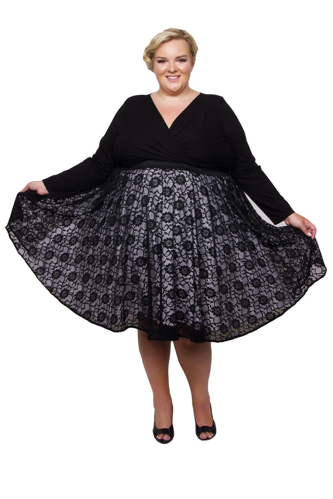 Scarlett & Jo Skirts Black / 14/16 Lace Circle Skirt