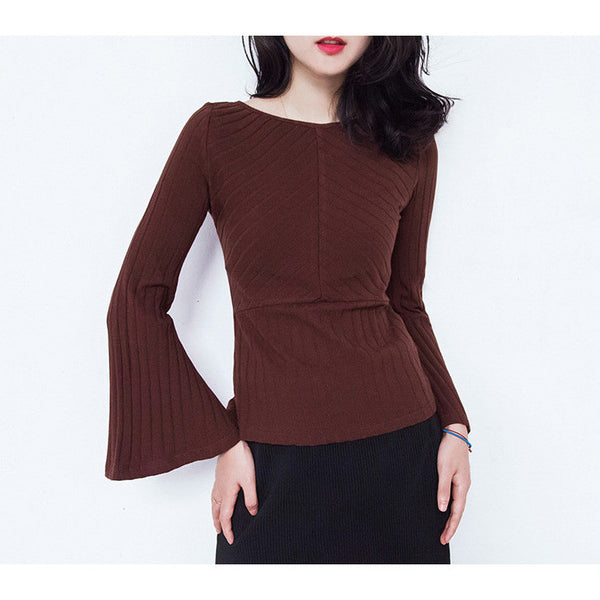 slim fit knit trumpet top
