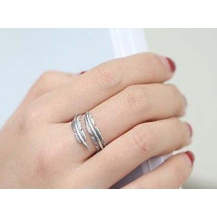 feather motif ring