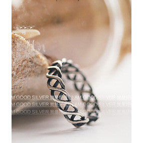 braided pattern ring