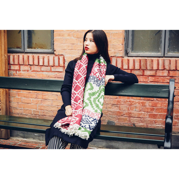 oversized geometric scarf