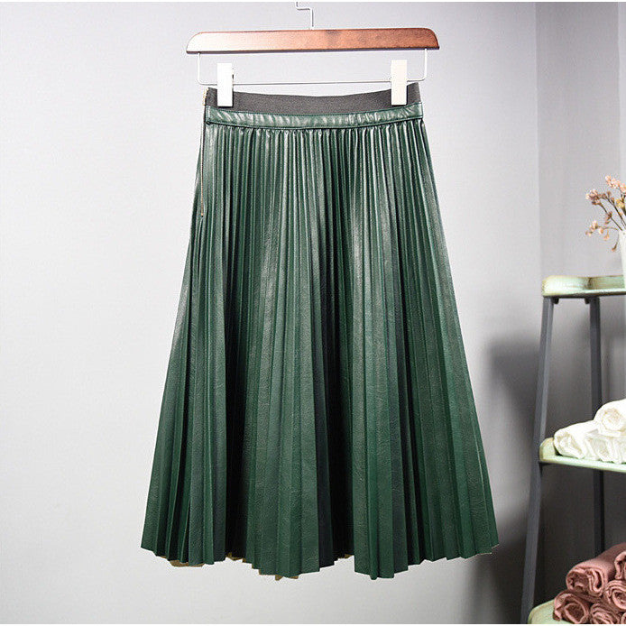 Elegant classic pleated skirt