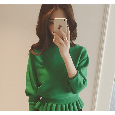 Batwing Ruffles Knit Top - green