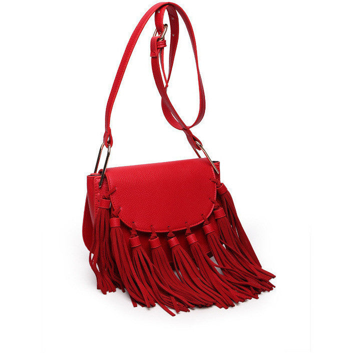 Merry-Go-Around Tassels Bag -(red)