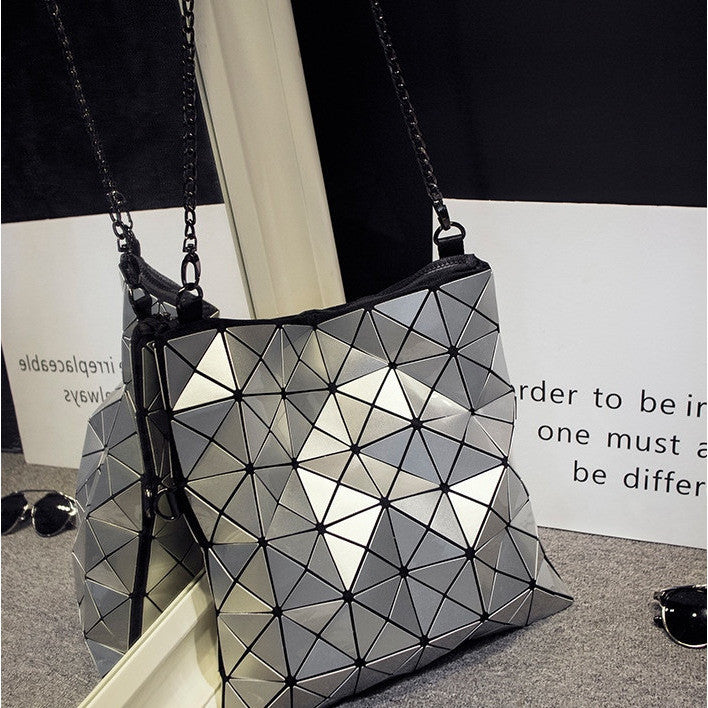 Metalic Geometric Folding Bag
