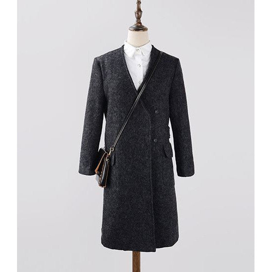 Smart Slanted Perspective Coat - black
