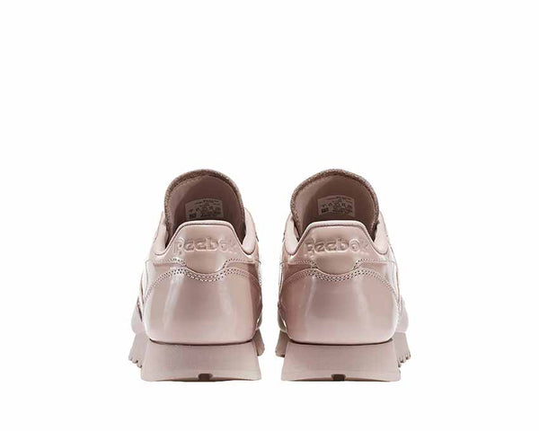 e644be8365d9 Reebok Classic Leather IL Shell Pink NOIRFONCE Sneakers