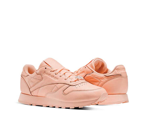 30b6f2d13c8546 Reebok CL Leather Lux Peach NOIRFONCE Sneakers