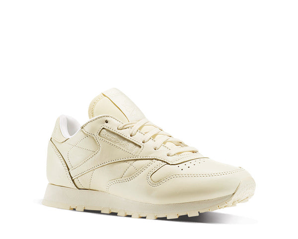 f56f977abed71c Reebok CL Leather W Pastel Cream NOIRFONCE Sneakers