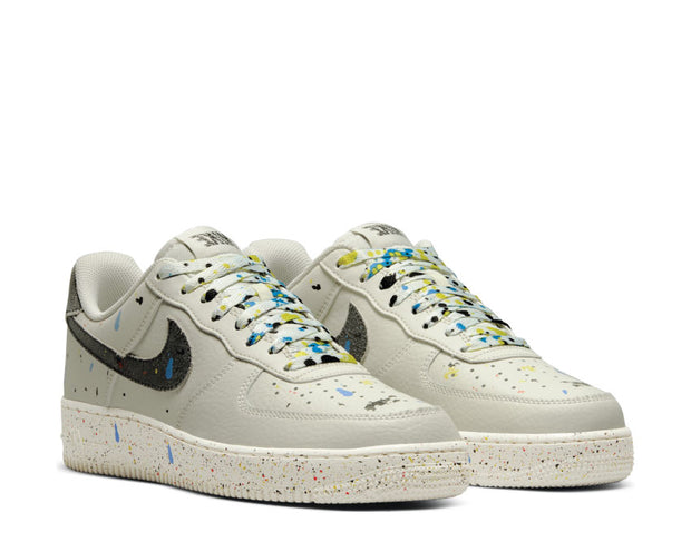 Nike Air Force 1 '07 LV8 Light Bone / Black - Sail CZ0339-001