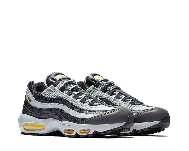 reputable site f8dda fd7d9 Nike Air Max 95 SE Reflective