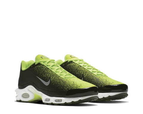 Nike Air Max Plus TN SE Volt