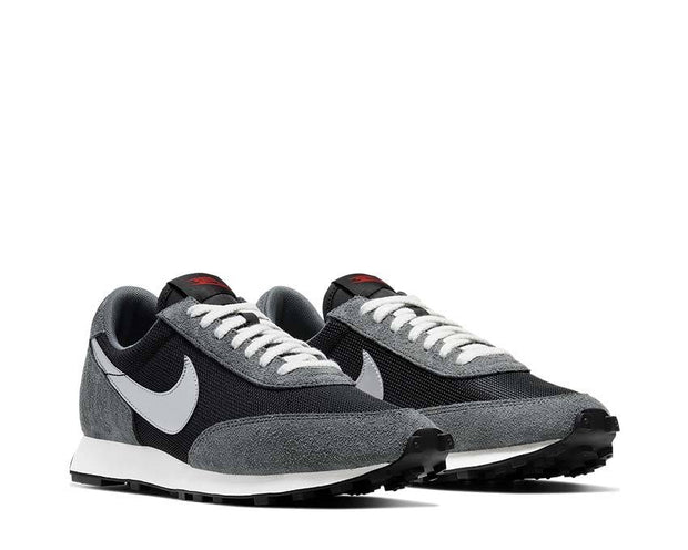 Nike Daybreak SP Black / Metallic Silver - Dark Grey BV7725-002