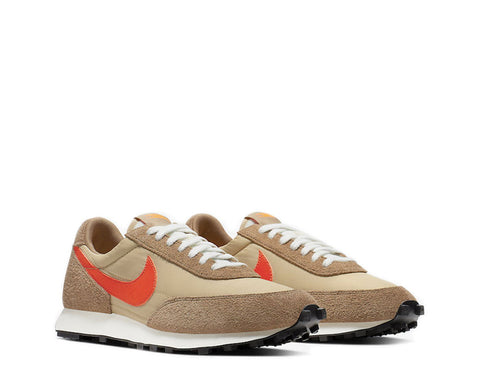 Nike Daybreak SP Vegas Gold