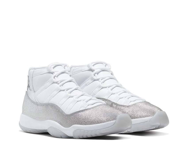 Air Jordan 11 Retro White / Metallic Silver - Vast Grey AR0715-100