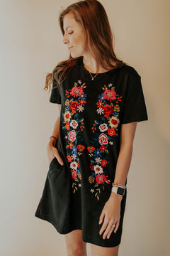 Blooming Black Floral Embroidered T-shirt Dress With Pockets