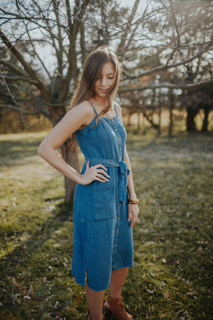 Chambray Denim Dress With Button Front & Ties