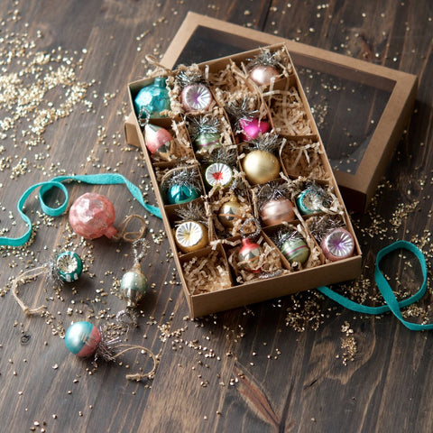 Mini Vintage Bauble Set