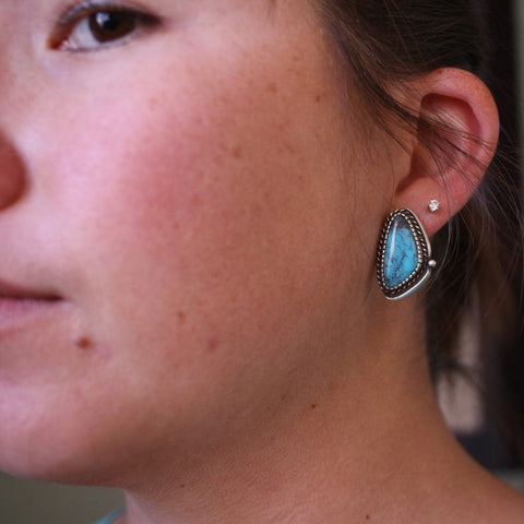 Campitos Stud Earrings