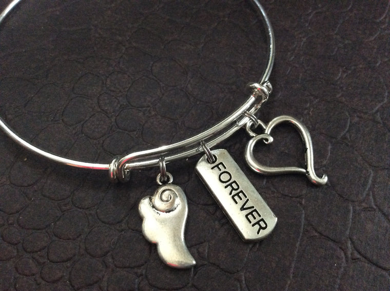 Angel Wings Forever in my Heart Expandable Charm Bracelet