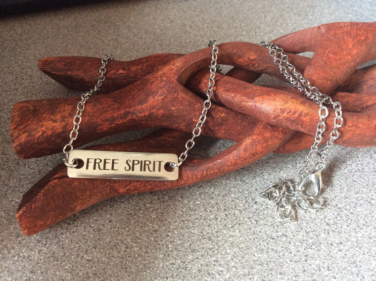 Free Spirit Silver Necklace Stamped Word Tag Silver Chain Bar Necklace Trendy Inspirational Word Bar